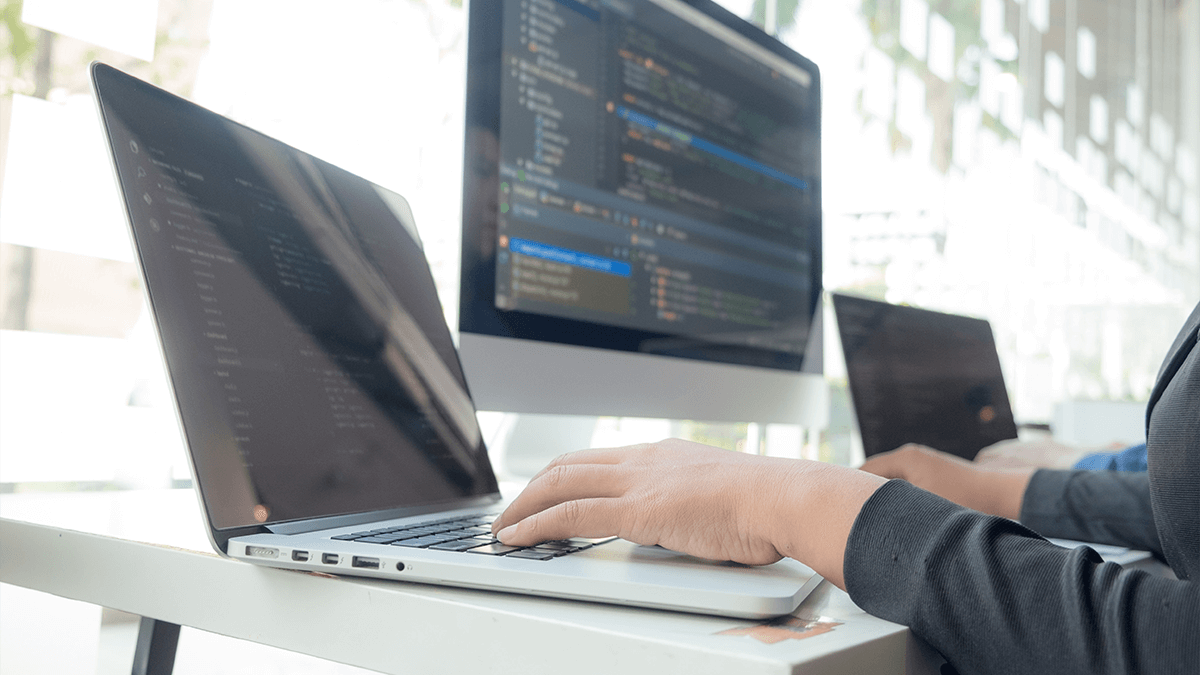 システム・Webアプリ開発